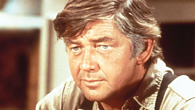 Ralph Waite, Star of 'The Waltons,' Dies at 85 | Variety