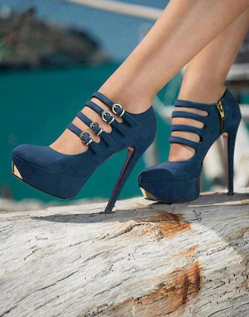 gorgeous blue-but I can't walk in heels this tall.