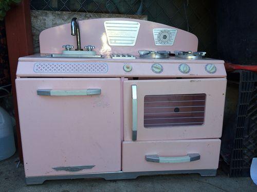 Mini 90s kitchen
