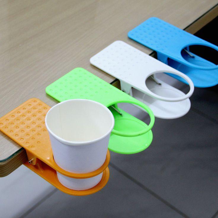 Table Cup Holders adalah alat tatakan gelas atau mug yang digunakan dengan cara dijepitkan di pinggir meja. Rp 25.000