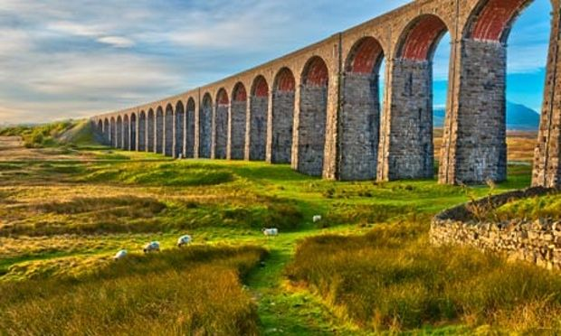 Yorkshire Dales - Pen-y-ghent and Ribblehead Viaduct on Settle to Carlisle railway