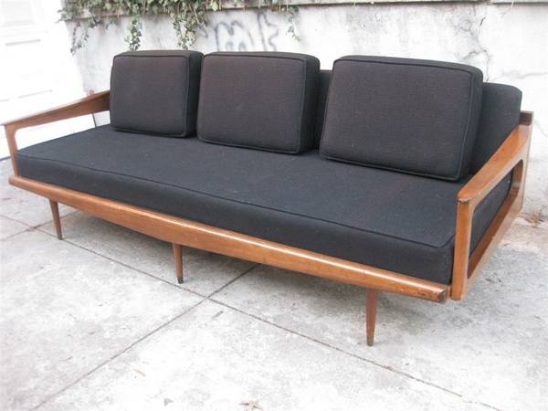 New York: MID CENTURY DANISH MODERN DAYBED COUCH EAMES NELSON $750   Http:/
