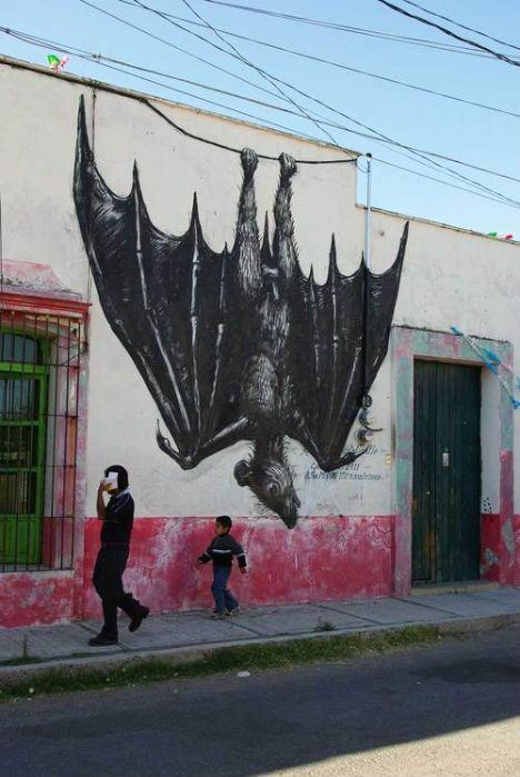 mexican street art by Belgian artist ROA. i've never seen Roa do anything but a rodent! http://restreet.altervista.org/roa-rappresenta-la-sofferenza-della-fauna-causata-dalluomo-2/