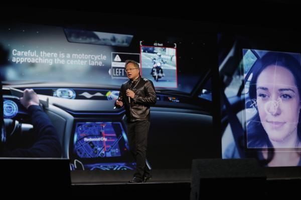 Nvidia apuesta a la inteligencia artificial en la feria de tecnología #CES2017   El referente mundial en unidades de procesamiento gráfico se apalanca en la tecnología más prometedora del momento para hacer crecer su negocio principal.   El CEO de Nvidia Jen-Hsun Huang durante su presentación en la feria de tecnología de consumo de Las Vegas que cumple 50 años  Reconocido a nivel mundial por sus tarjetas gráficas de alta capacidad populares entre los gamers más demandantes Nvidia presentó su…