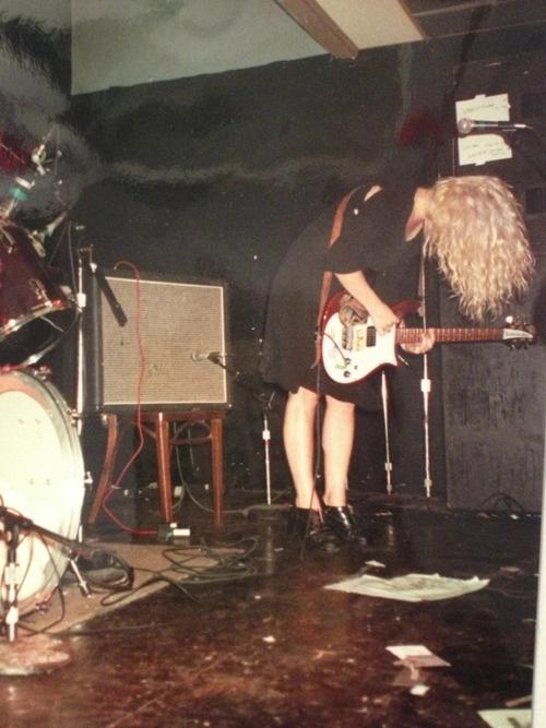 Kat Bjelland  Playing in Boston '93?