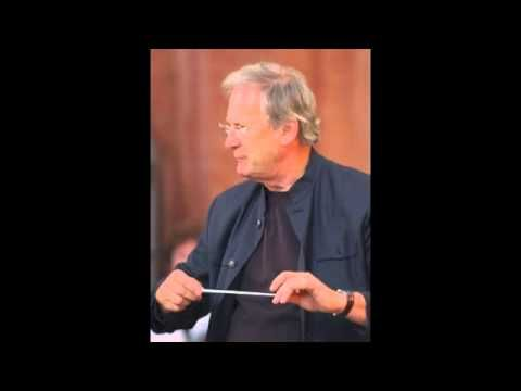 ▶ Bach: St. Matthew Passion - Sir Elliot Gardiner.