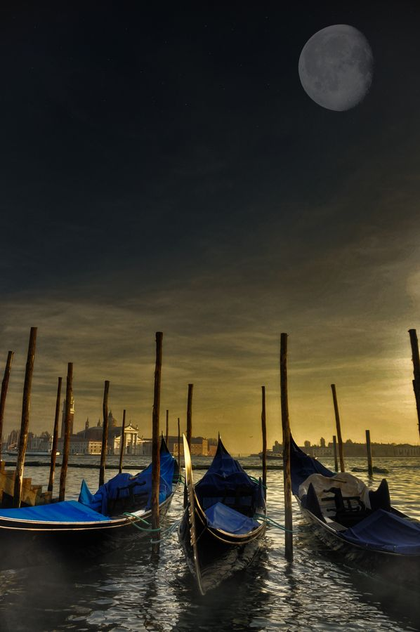 """""""Baskets of moonlight"""" Sunset Venice Italia by Pranav Babu Explore the World with Travel Nerd Nici, one Country at a Time. http://TravelNerdNici.com"""
