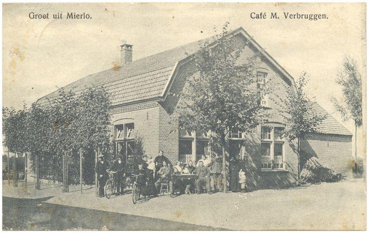 Café M.Verbruggen, op de hoek van de Heer van Scherpenzeelweg en de Bisschop van Mierlostraat - 1910-1930 Auteur: Coolen, L.J.