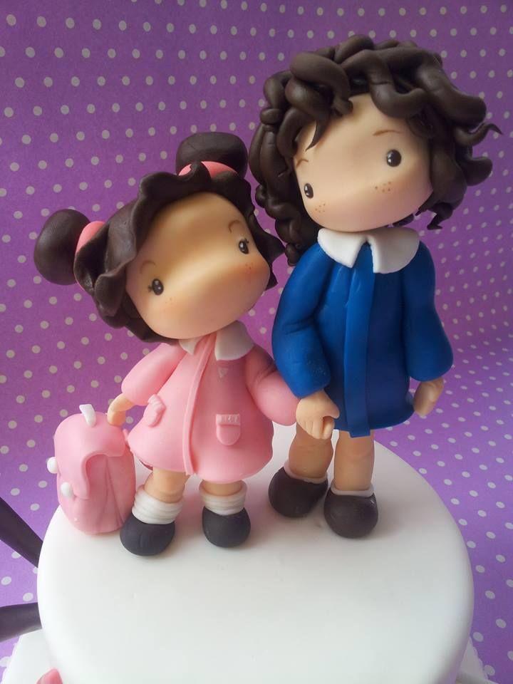 FIGURITAS MARI P Y G  #mancapoco #backtoschool #michelabarocci #pesaro #cakes #cakedesign