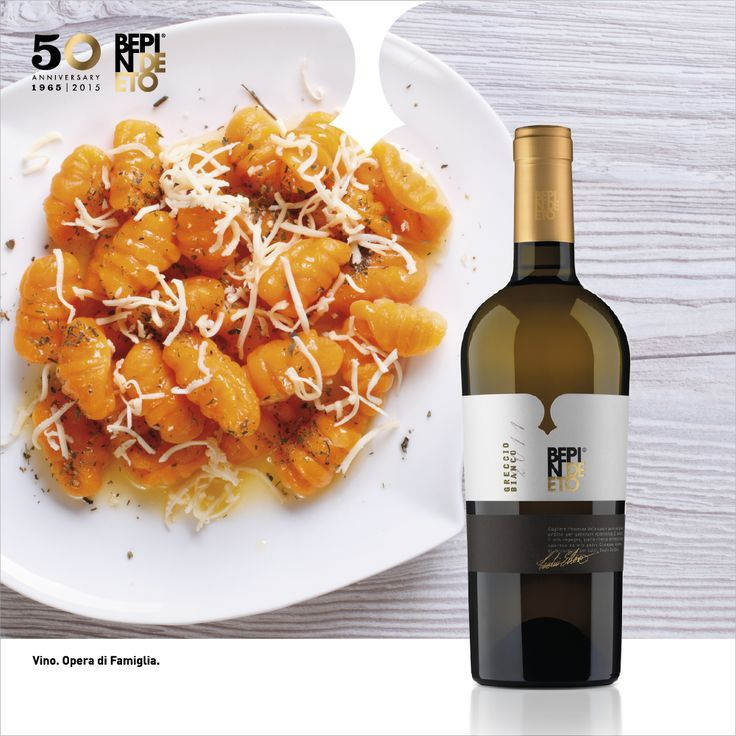 BEPIN DE ETO   What beautiful childhood memories such as pumpkin gnocchi preparation in the grandparents kitchen. To celebrate the Grandparents Day, let's enjoy together pumpkin gnocchi, butter and sage accompanied by a fantastic #Grecciobianco #BepindeEto, tasty and elegant, perfect to counteract the sweetness of the dish.