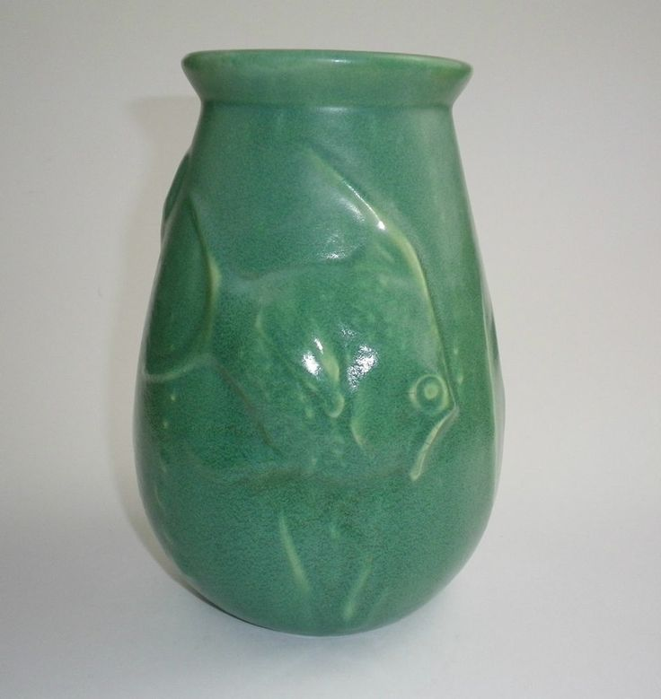 20.5cm x 16cm RARE Melrose Pottery Fish Vase
