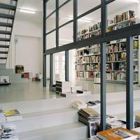 Pro QM book store