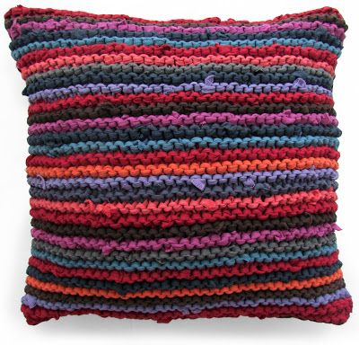 Knitting with T-shirts! Throw pillow case, knitted using t-shirt