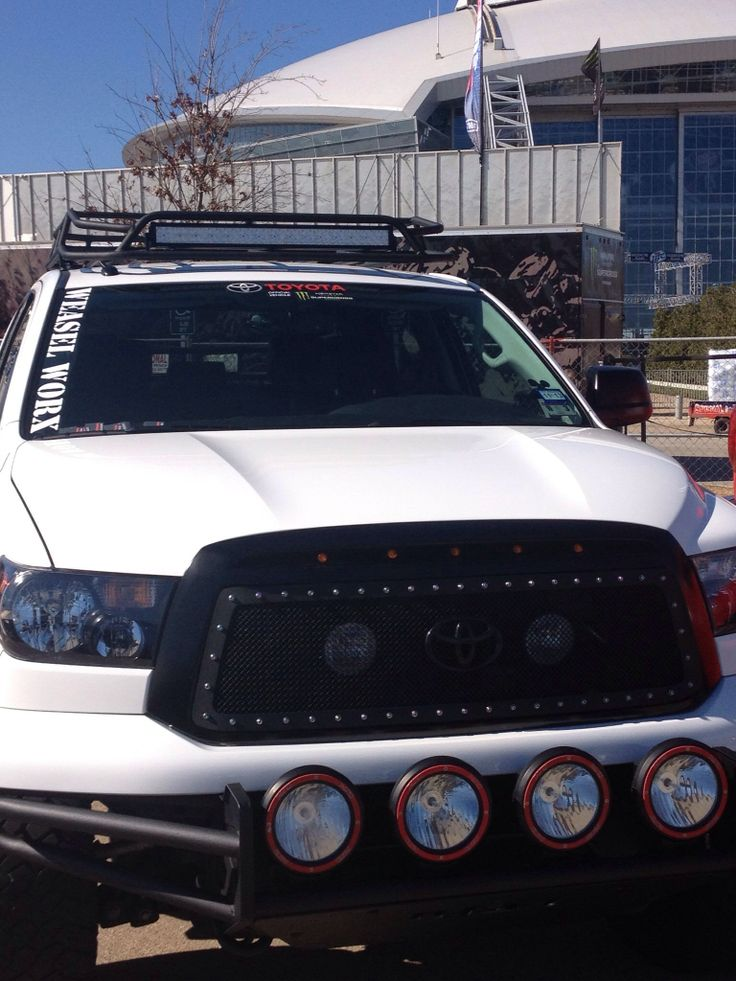 Installation Of A Thule Aeroblade Traverse Roof Rack On A  toyota tundra crewmax roof rack - Bcep2015.nl