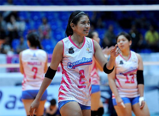 Despite the pain before playing against the Perlas Lady Spikers, Alyssa Valdez managed to steal the victory for the Creamline Cool Smashers at the ongoing Premier Volleyball League Reinforced Conference on Saturday.