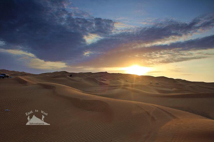 Sunset in the Empty Quarter. 🌄غروب الشمس في صحراء الربع الخالي #easttowestadventures #sunset #desert #bluesky #uae #desertsafari #dunes #dunebashing #safari #jeep #canon1000d #canon #dslr #sand #emptyquarter #middleeast #vacation #peaceful #views #colorfulsky #blogger #dubai #dxb #abudhabi #مغامرات_من_الشرق__الى_الغرب #دبي #صحراء #الربع_الخالي #غروب_الشمس #سحر_الصحراء