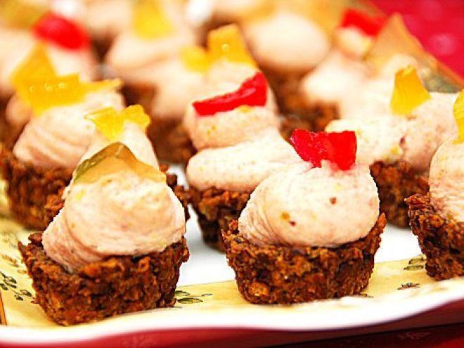 Finger Food - Cestini di lenticchie con mousse di mortadella