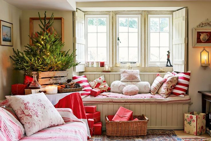 We are preparing for christmas at our cosy cottage for Our house interiors