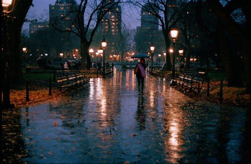 Pretty Falling Angel Wallpaper 1920x1080 Rainy Autumn Evening In The City