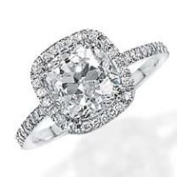 6 Silly Engagement Ring Myths