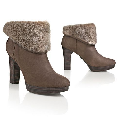 ugg boots classic tall  #cybermonday #deals #uggs #boots #female #uggaustralia #outfits #uggoutlet ugg australia UGG AUSTRALIA Stiefelette ugg outlet