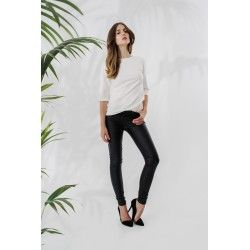 Leather leggings #allblackeverything #minimalism