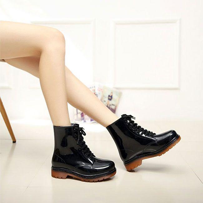 Лаковые черные резиновые ботинки в стиле Мартенс #РЕЗИНОВЫЕБОТИНКИ #МАРТЕНС #БОТИНКИ