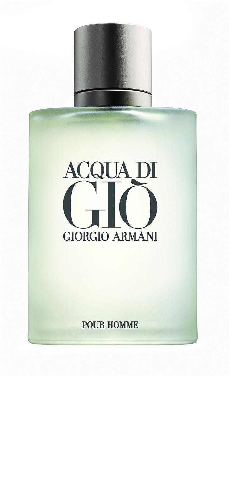 Giorgio #Armani Acqua di Giò. More info: http://www.lagardenia.com/beauty-case/magazine/bellezza/regalare-il-profumo-giusto-si-puo-ecco-6-fragranze-ideali