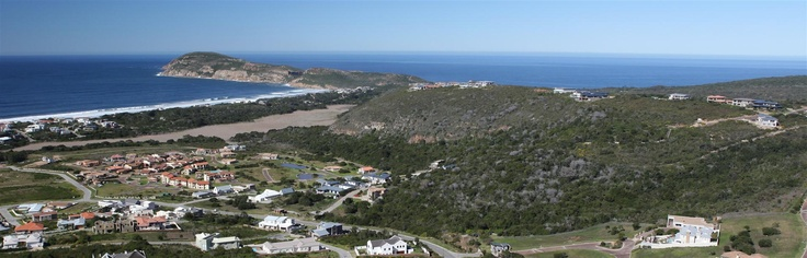 Whale Rock Ridge - Plettenberg Bay: Capeco's unique plots at the entrance of Robberg, with stunning views over Plett, De Vlei and it's beaches.