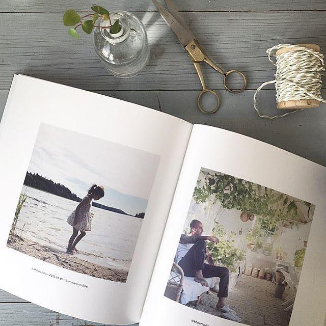 I veckan har @khouri.julia ordnat en tävling där man kunnat vinna en fotobok. Vi har fått äran att meddela vinnaren och säger stort grattis till @emeliie.bjork som får sätta ihop en alldeles egen godbit full med minnen ☺️ 〰 Grattis Emelie! Skicka ett mail till kundservice@printasquare.com så skakar vi fram ett presentkort åt dig  〰 #framkalla #bilder #instagram #fotobok #printasquare #minnen #tävling #vinnare