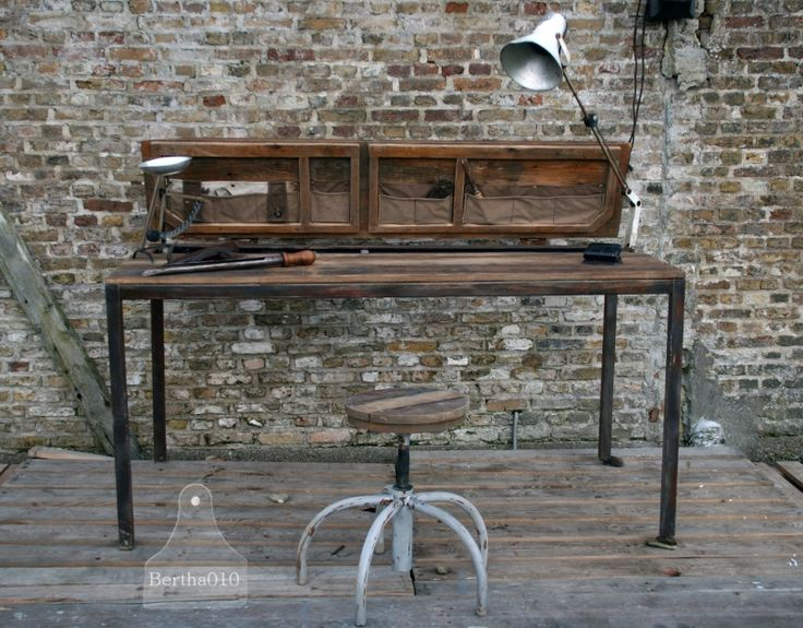17 beste idee n over industrieel bureau op pinterest pijp bureau tafel bureau en kantoortafels - Tafel een kribbe stijl industriel ...