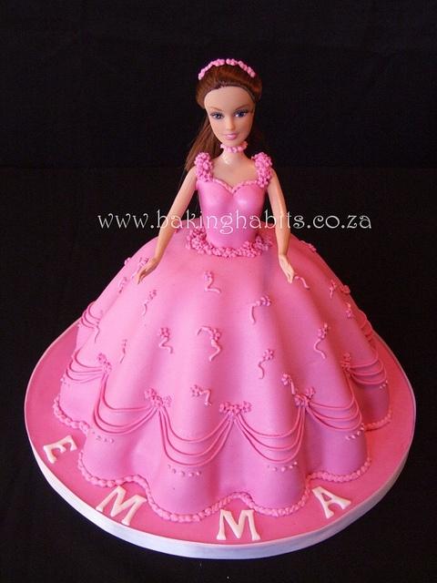 Love the dress. Barbie Cake