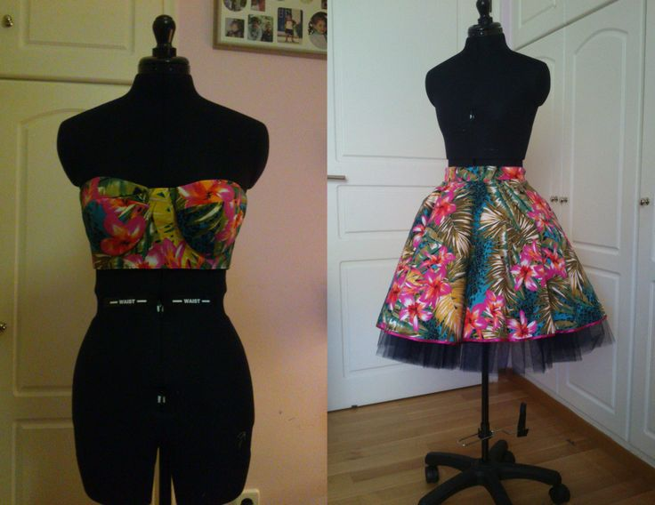 Tropican bustier & tulle skirt with blue-black tulle