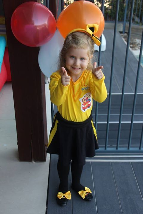 Mini Emma at a party! #thewiggles #miniemmaarmy #emmawiggle #dressup