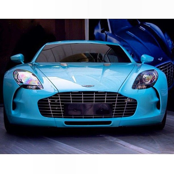sky blue aston martin one 77 luxury 39 n velocity pinterest voitures. Black Bedroom Furniture Sets. Home Design Ideas