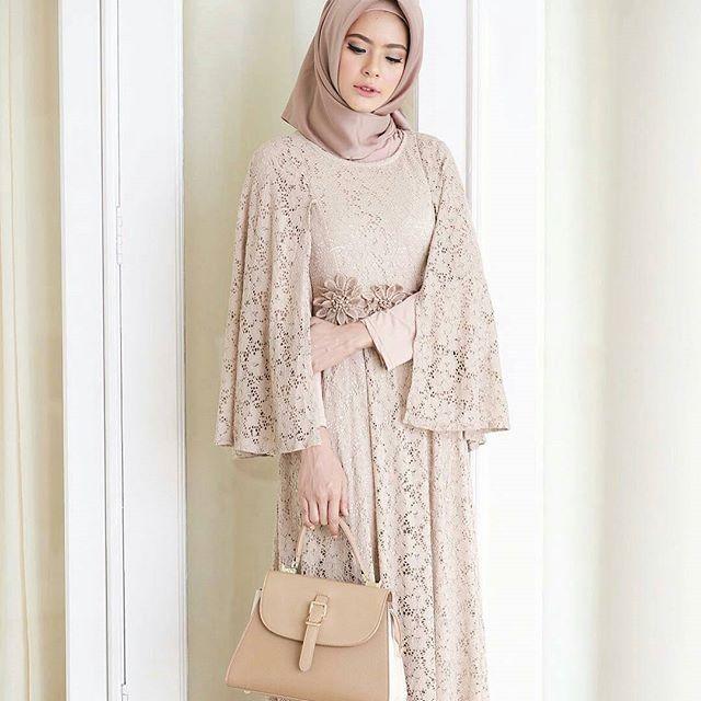 Inspiration from @fairuzsakinah Handbag Khaki @palominobag Siapa yang suka Yuk komen dan tag ke pasangan atau sahabat kamu