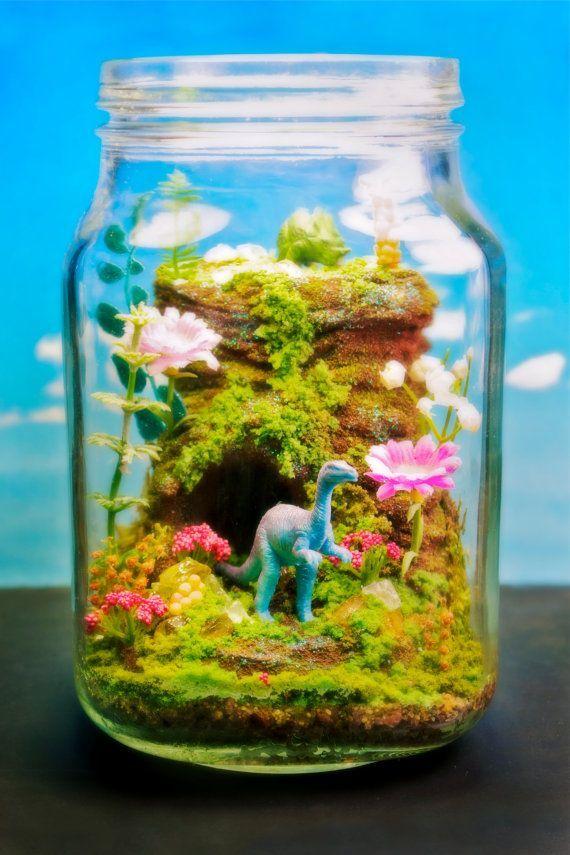 Make Your Own Diorama: Funky Dinosaur Flower Garden Terrarium / Diorama By