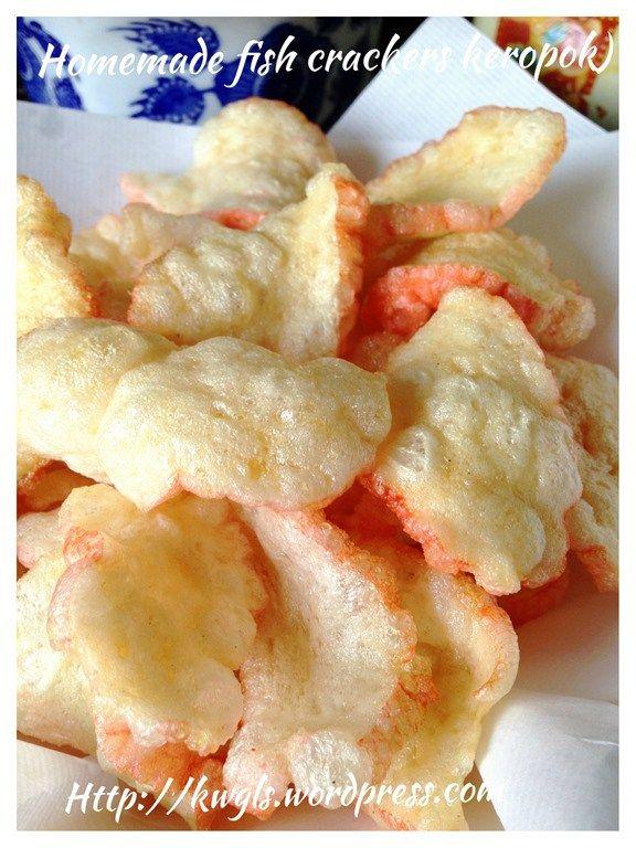 Simple Prawn or Fish Crackers (Keropok, 炸鱼饼,炸虾饼)