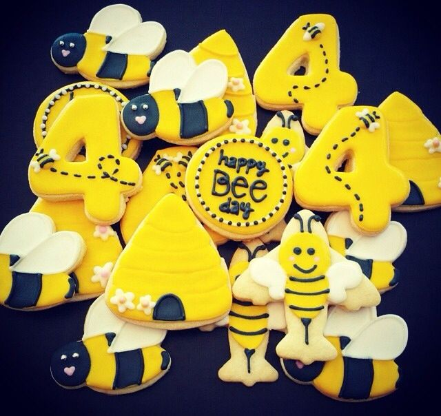 Bumble bee cookies | Bumble bee party | Pinterest