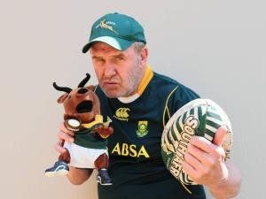 nice Pale Toe deur Leon Schuster Music Video, home made, to go with a song by Leon Schuster, PALE TOE, dedicated to the legend NAAS BOTHA, a well known South African rugby player (fly-half)  https://www.sapromo.com/pale-toe-deur-leon-schuster/1982