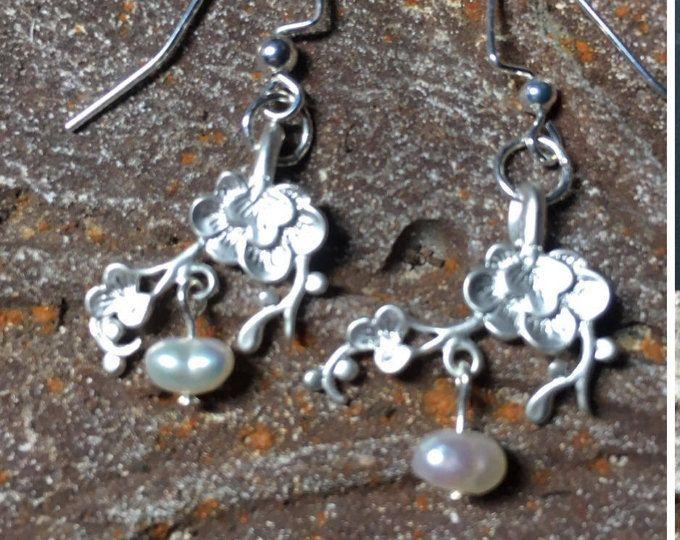 Dainty Earrings, Mother Jewelry, Vintage Style, Freshwater Pearls, Pearl Earrings, Mothers Day Jewelry