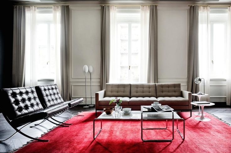 Best 25 barcelona chair ideas on pinterest ludwig mies van der rohe knoll chairs and eames for Barcelona chair living room ideas