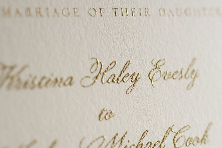 Learn about Thermography wedding invitations in our guide to wedding invitation printing techniques | WomanGettingMarried.com
