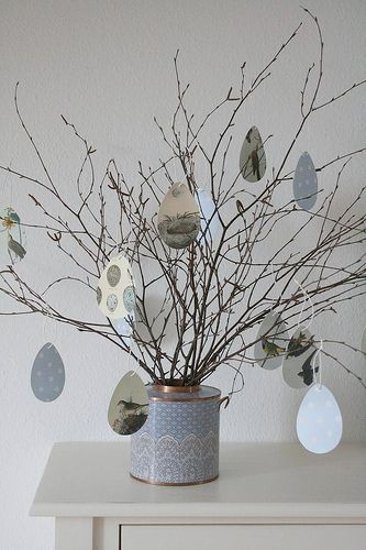 Easter decoration out of multi-colored paper Easter eggs | Easter . Ostern . Pâques | Design: Nadine @ herz-allerliebst |