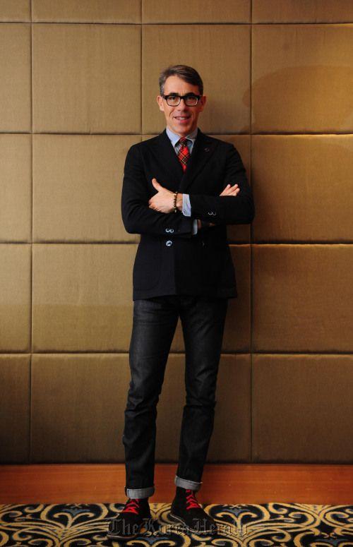 Italian fashion figure Alberto Scaccioni to showcase some 20 Italian brands in Seoul. #peopleoftastes #albertoscaccioni