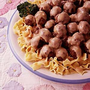 Norwegian Meatballs Recipe -These meatballs are a favorite around our area. On May 17, Norwegian Independence Day, many people serve them with a mashed rutabaga and potato dish. So this recipe is both delicious and very traditional.