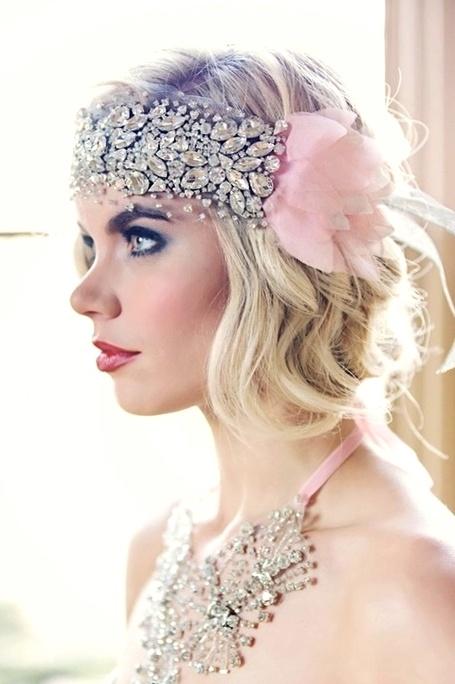 Bride's casual loose half down hairstyle with 20's Gatsby style Swarovski headband wedding