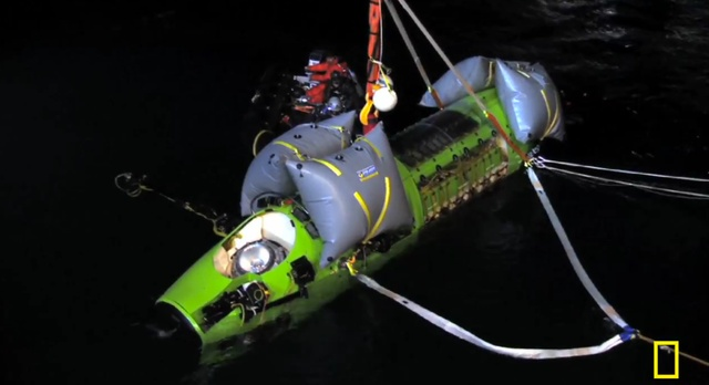 James Cameron makes first solo voyage to the Mariana Trench, the ocean's deepestpoint
