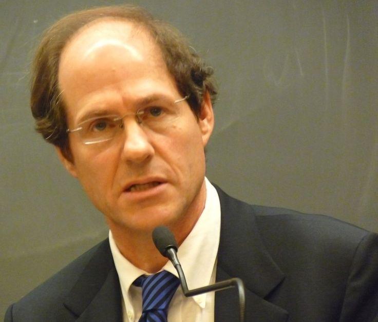 Cass Sunstein - Wikipedia