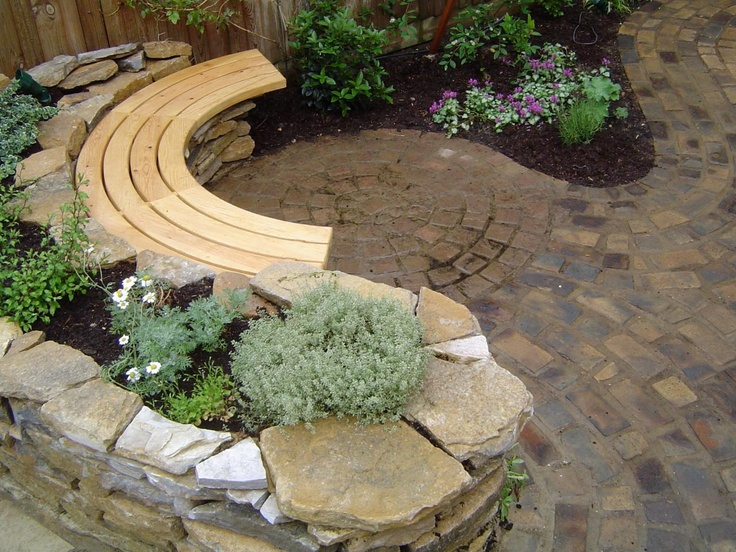 http://bespokewoodcraft.com/yahoo_site_admin/assets/images/curved_bench.21724400_large.JPG